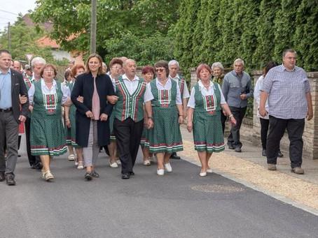 Aszfaltburkolatot kapott a Móricz Zsigmond és a Pajtás utca Hetényegyházán