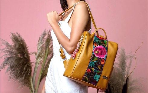 Artisanal Leather Handbags | Angel Lozano - DELICATE EXPRESSION