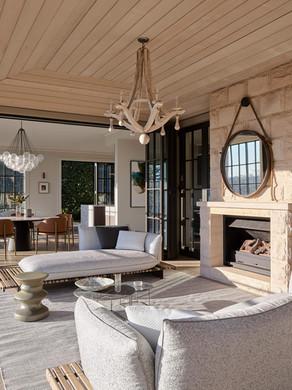 Studio-Gestalt-Mosman-00-luxury-mansion-sydney-Residence-outdoor-indoor-fireplace-lounge-v