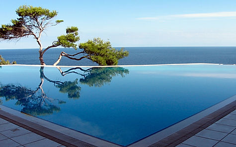 French Riviera luxury properties for sale or rental