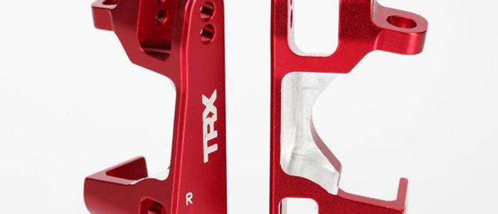 TRA6832R Traxxas Aluminum Caster Block Set (2) (Red)