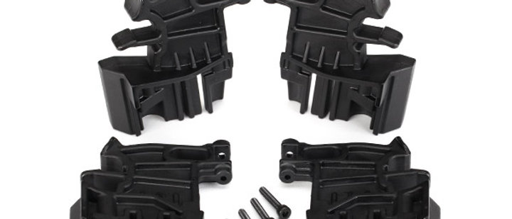 TRA7718 Traxxas Battery hold-down mounts, left (2)/ right (2)/ 3x18mm CS