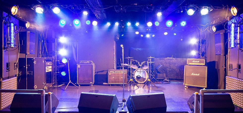 ステージ-01-min.jpg
