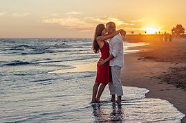 beach-couple-dawn-285938 (1).jpg