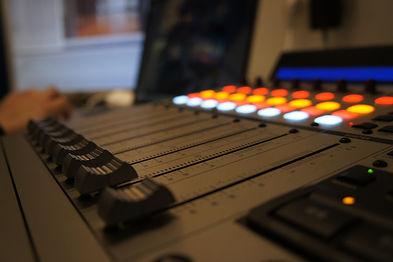 console audio.JPG