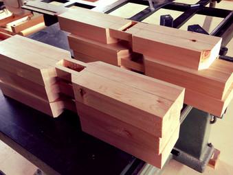四葉のクローバー形の肘木の製作