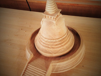 ストゥーパ(仏塔)の模型の製作