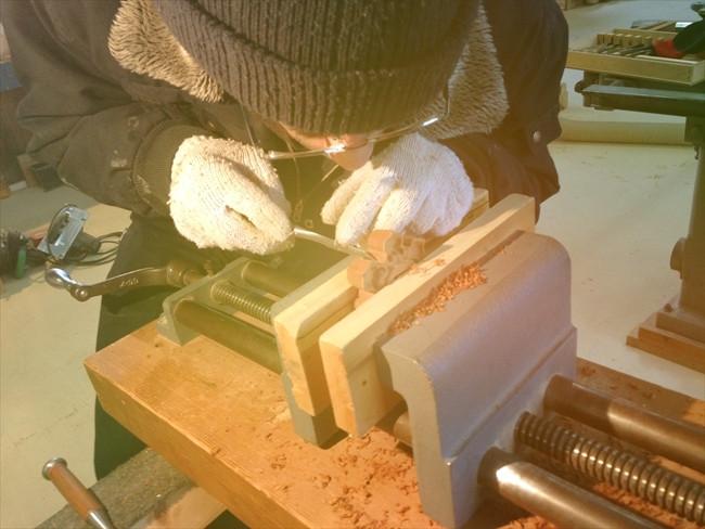 六葉製作の手作業段階