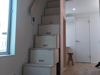 捩れ階段・収納階段・ロフトベット製作