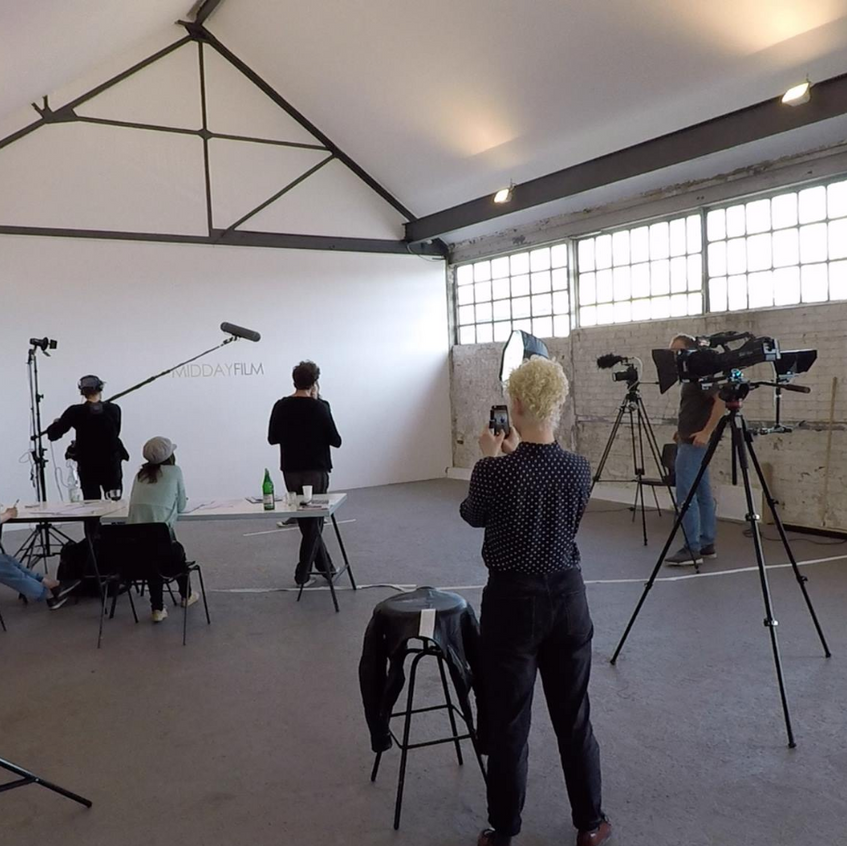 Midday Film Videoproduktion im Studio