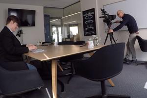 Midday Film Kameramann filmt Erklärvideos für Movinga