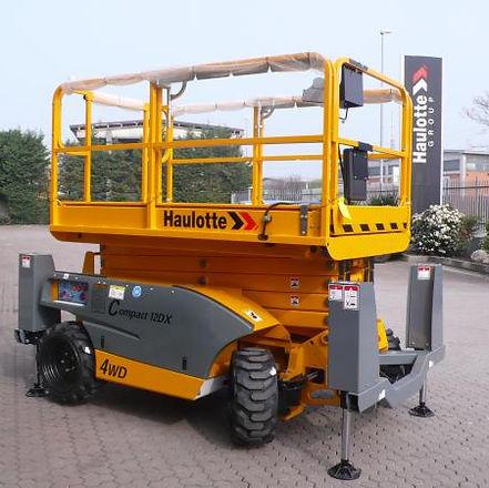 30109Haulotte-Compact-12DX_02.JPG