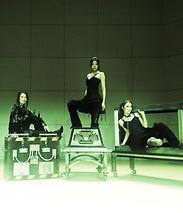 【Newtype】女性マジシャンチーム。