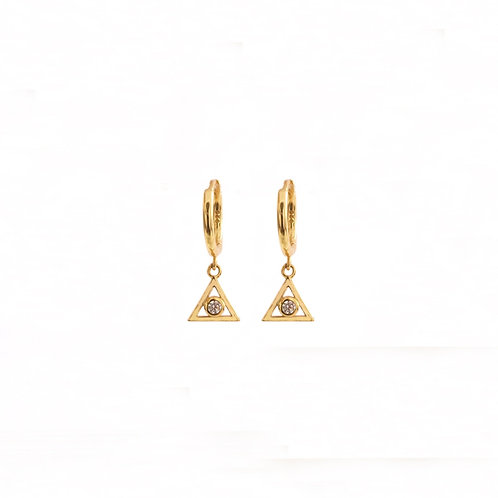 Zirconia triangle gold
