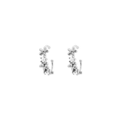 Zirconia flower ear cuff silver