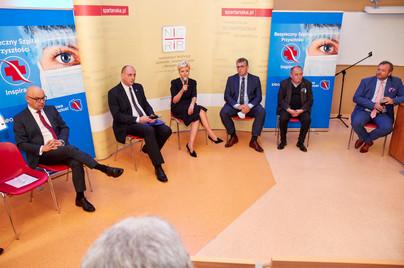 """Debata """"Dyrektor szpitala wobec wyzwań 2020 roku"""""""
