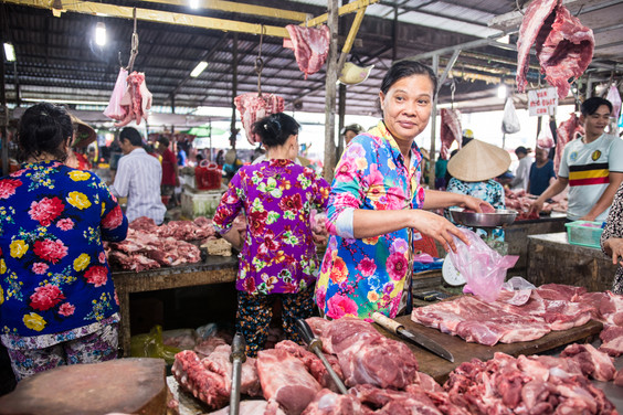 Hoi An weekend market