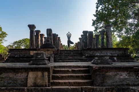 Ancient temple around Sigirya