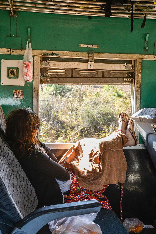 Sitzplatz im Zug nach Shwenyaung, Myanmar.