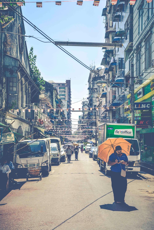 Die Straßen von Yangon