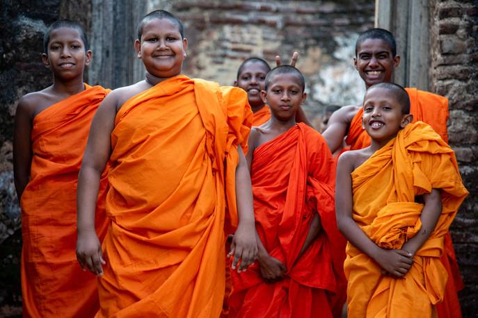 Young monks around Sigiriya