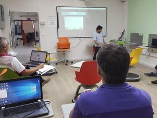 مساق برمجة الموبايل في كلية القاسمي