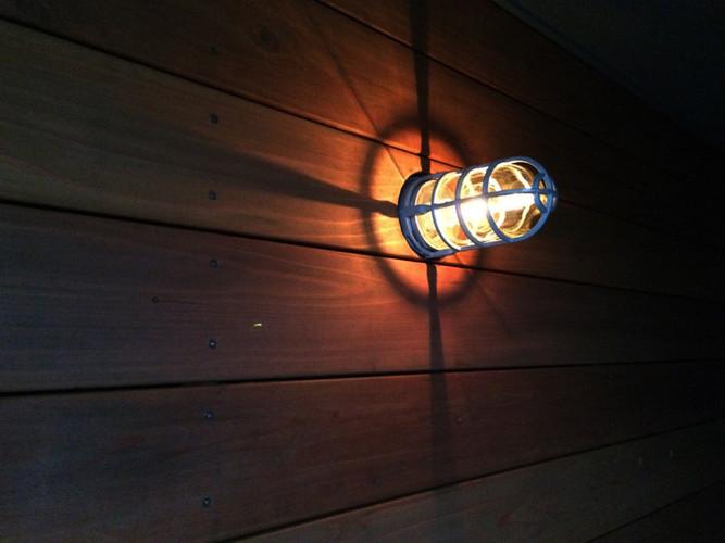 sidelight.jpg