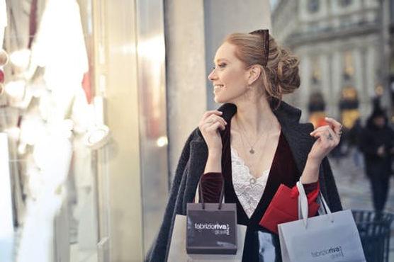 woman shopping 2.jpeg