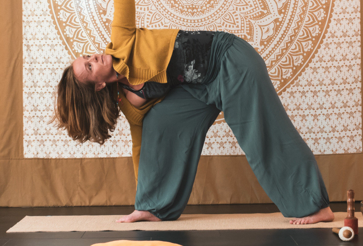 """Yoga """"in move"""" online live! 18.15 Uhr"""