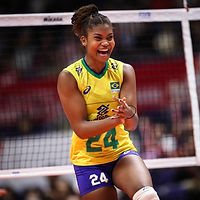 Lorenne-selecao-brasileira-volei-div-fiv