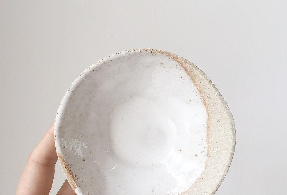 medium dish- clay