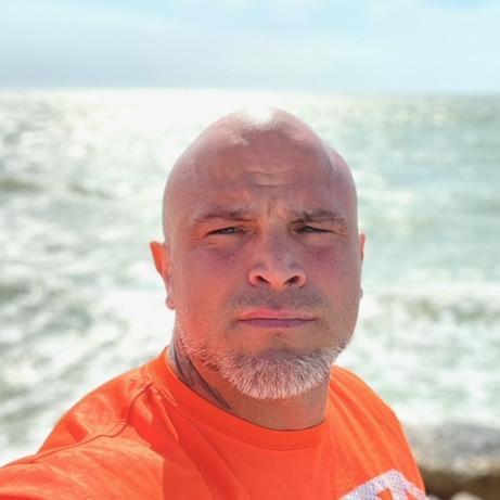 Stunt Performer Spotlight: Carlos Gonzalez