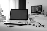 home-office-5112708_1920.jpg