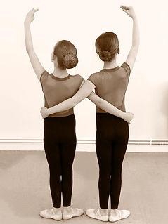 Ballet class, TheatreWorks girls dancing