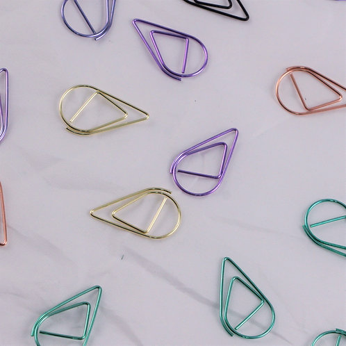 Metallic Paperclips