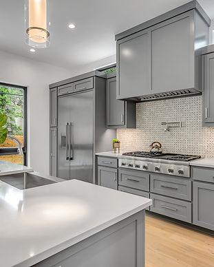 photo-of-kitchen-interior-3214064.jpg