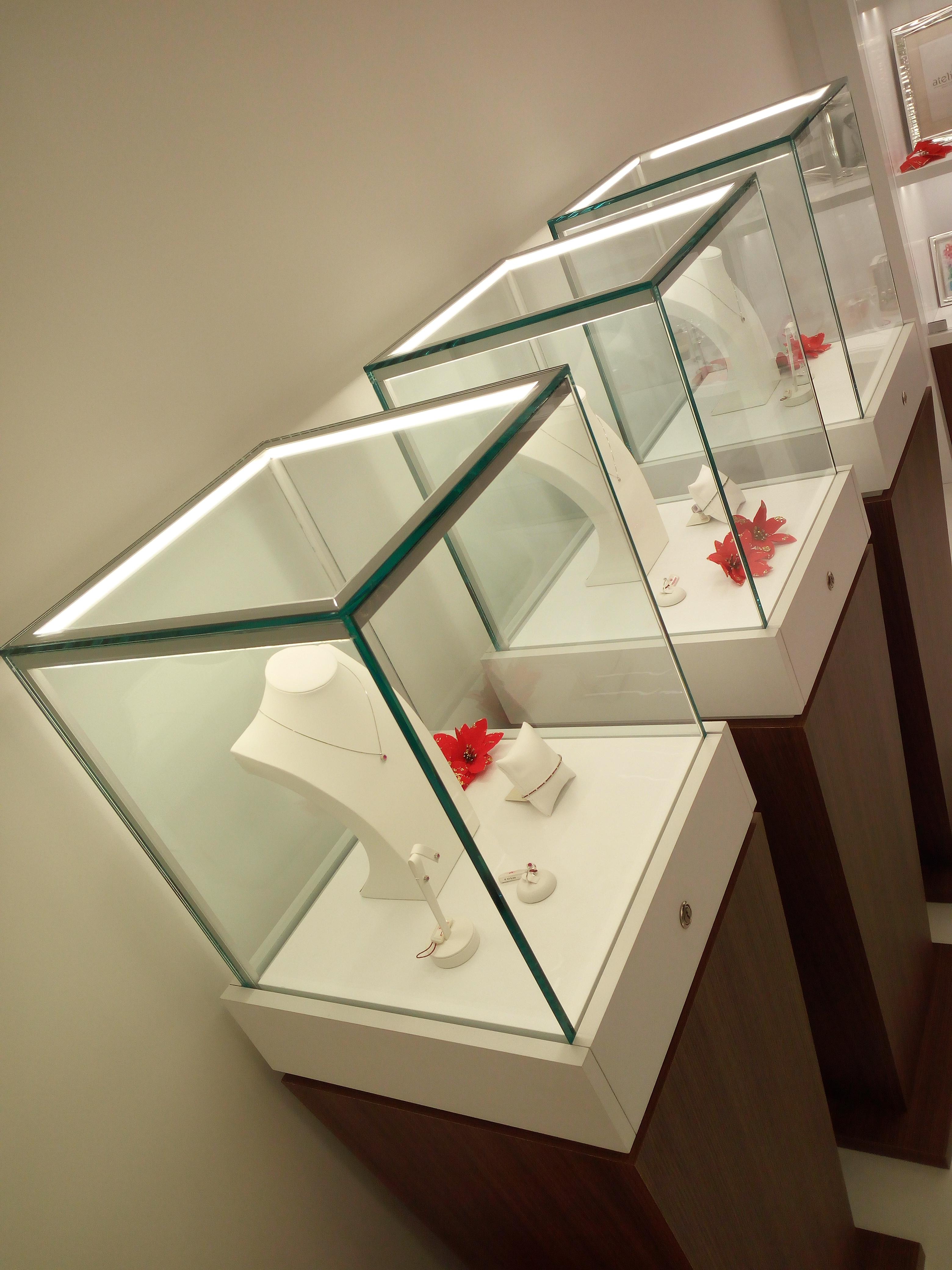 Teche illuminate per esposizione gioielli, orologi e bijoux
