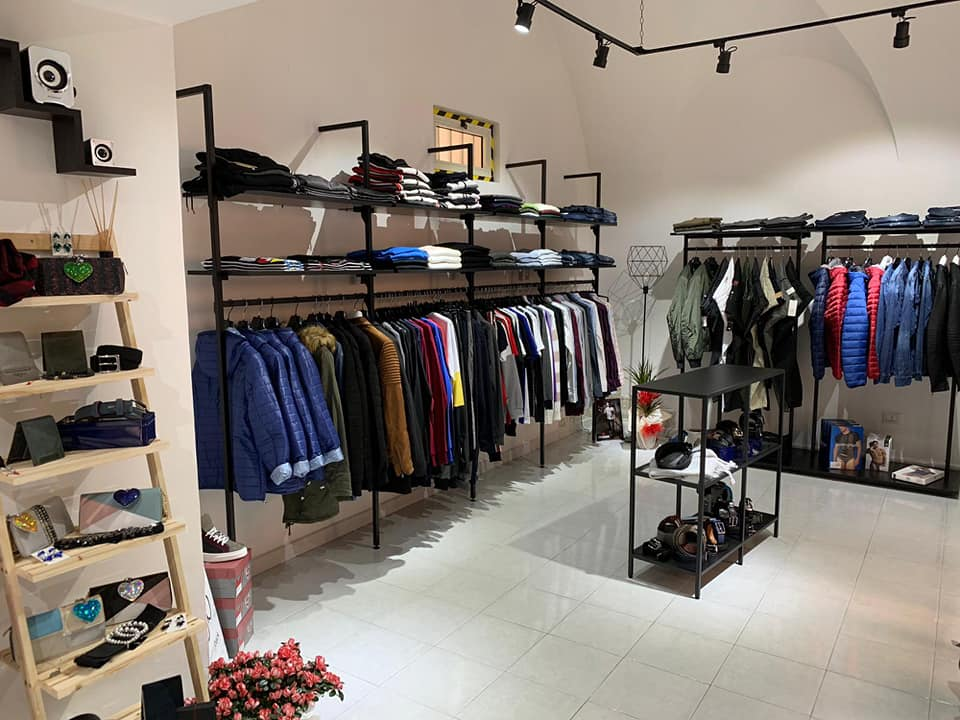 Arredamento abbigliamento appenderia