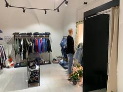 Arredo negozi abbigliamento