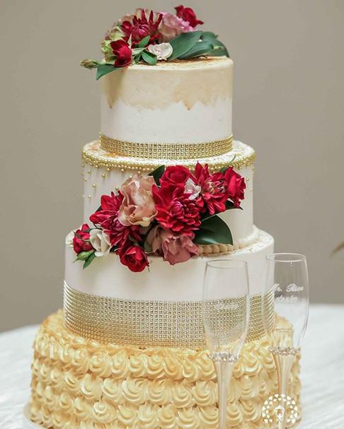 Gold & Fuchsia Floral Cake