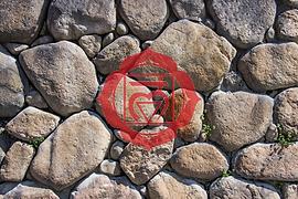 textura-pared-piedra-apilada-vieja-tiene