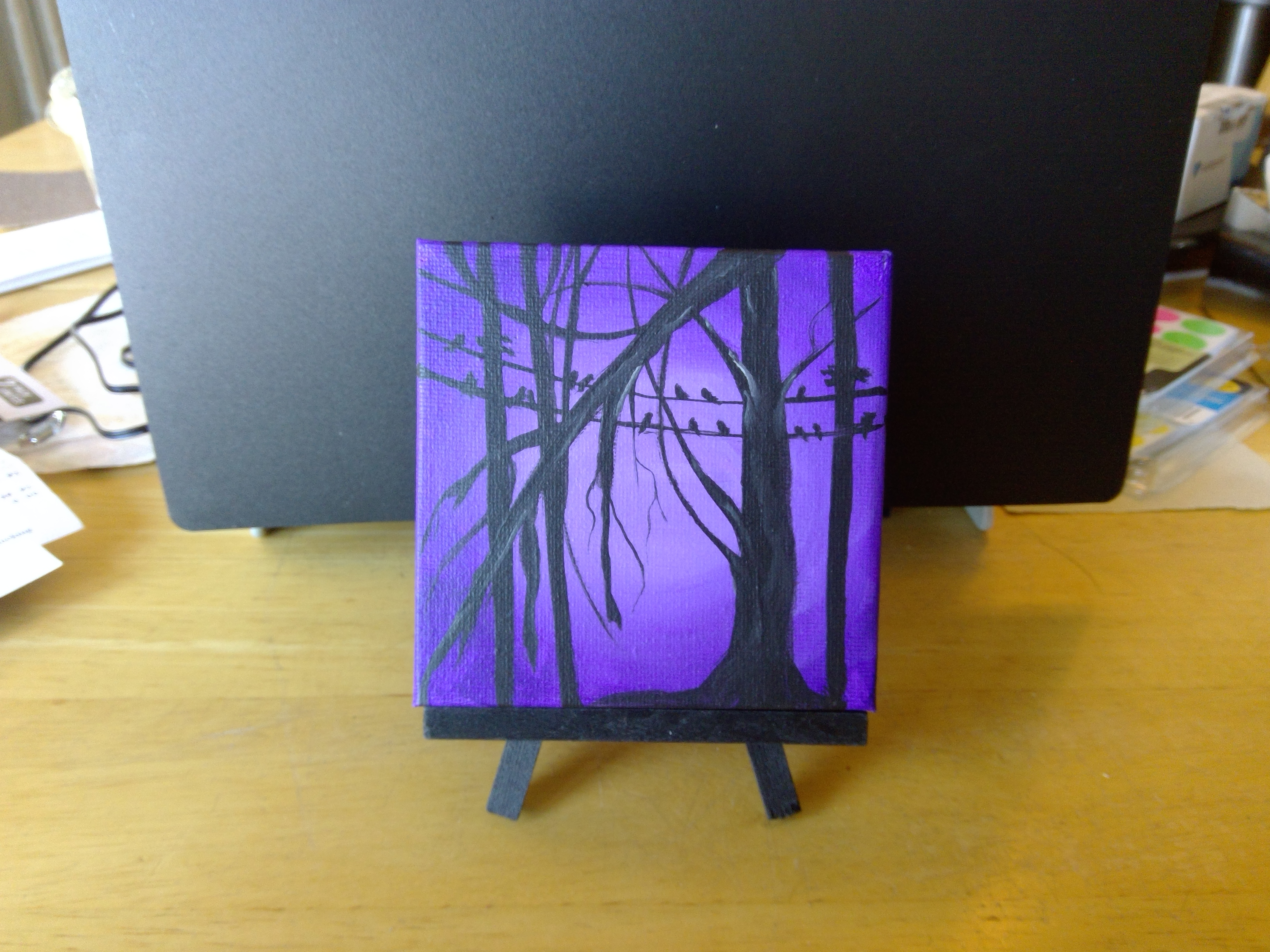 Silhouette $10 with easel