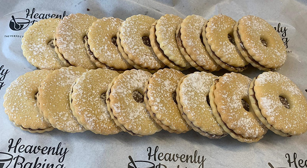 16 Shortbread Biscuits