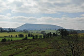 how-about-studio-Pendle-MobileHill_.jpg