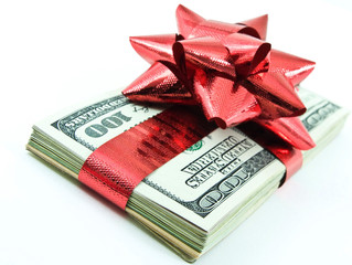 When It Comes to Holiday Gifts Cash is King