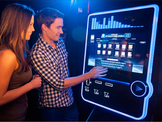 5 Reasons Bars and Nightclubs Should Consider Digital Jukeboxes