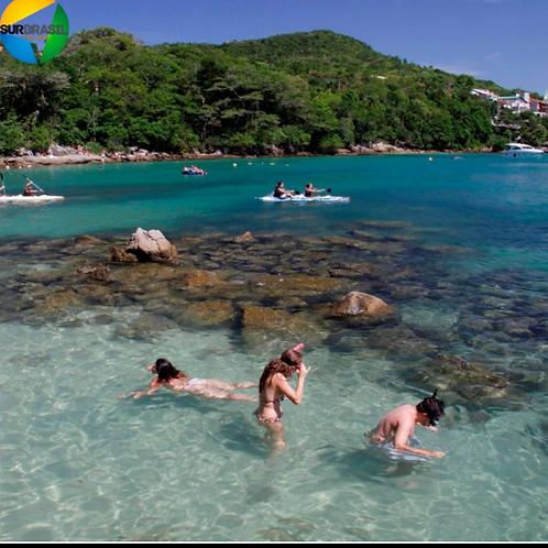 Bombinhas + Praia 4 ilhas