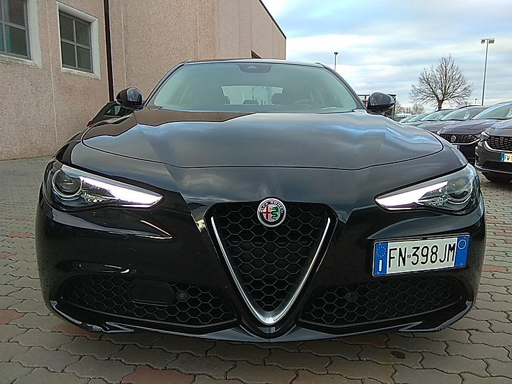 Alfa Romeo Giulia 2.2 150Cv