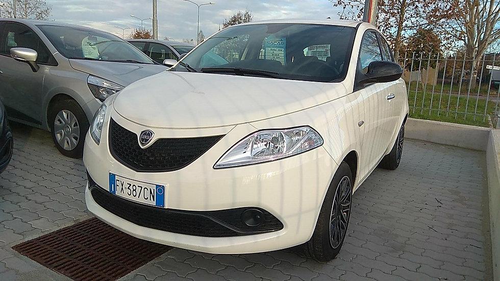 Lancia Y Gold 1.2 69Cv
