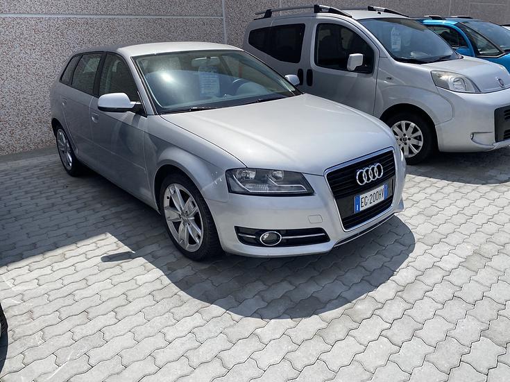 Audi A3 SPB Ambition 1.6 TDI 105cv